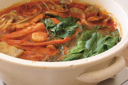 トマトの魚貝鍋